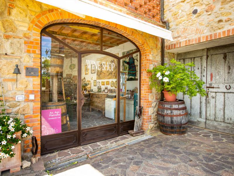 Azienda Agricola Pietralta - il Wine shop sempre aperto