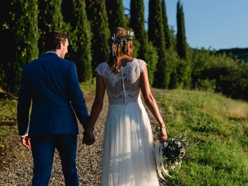 Tenuta Sant'Ilario - Nessi & Olly lungo i cipressi